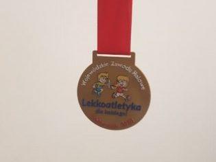 Halowe zawody skok w dal - medal