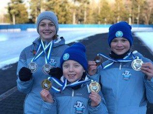 Hanna Papis, uczennica klasy 6b, w ten weekend zdobyła dwa srebrne medale