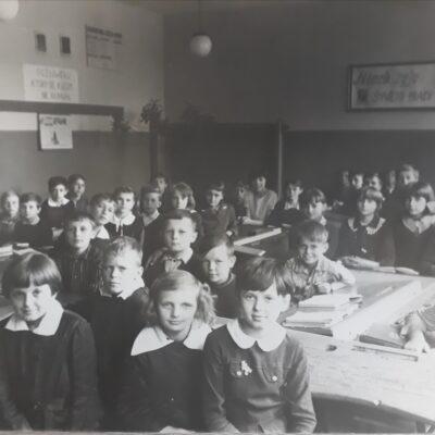 Uczniowie podczas lekcji